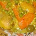 poulet frit aux carottes et petits pois