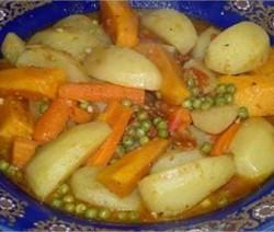 tajine-patates-douce-pommes-de-terre-carottes