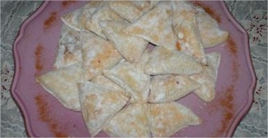 triangles-aux-dattes-sesame