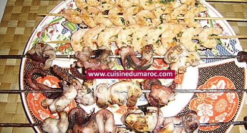 brochettes-crevettes-poulpes