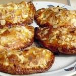 Chaussons aux pommes et amandes