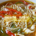 Soupe chinoise aux carottes, crevettes et champignons